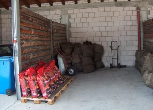 Kohle-Bevorratung im Lager in Zeil